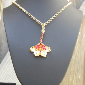24K gold flower pendant necklace
