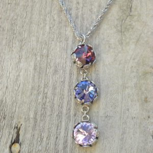 Three tier pendant necklace